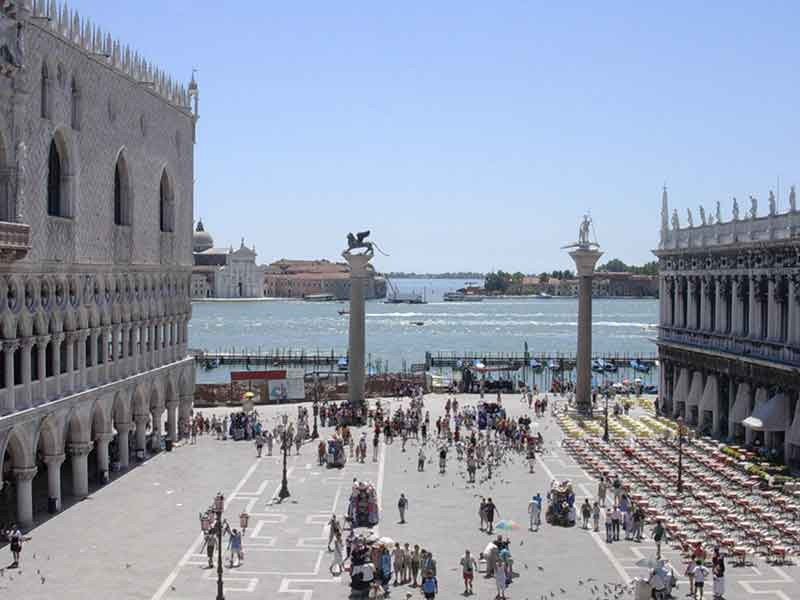 Cruise to St Mark's Square