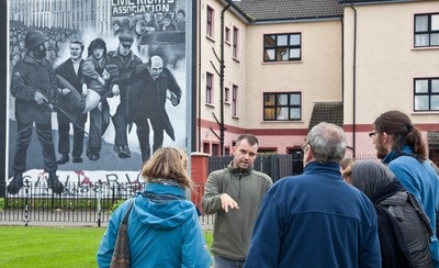 15_Bogside-Murals-Culture_Night_Londonderry_-_Free_Derry_Tours-2cc