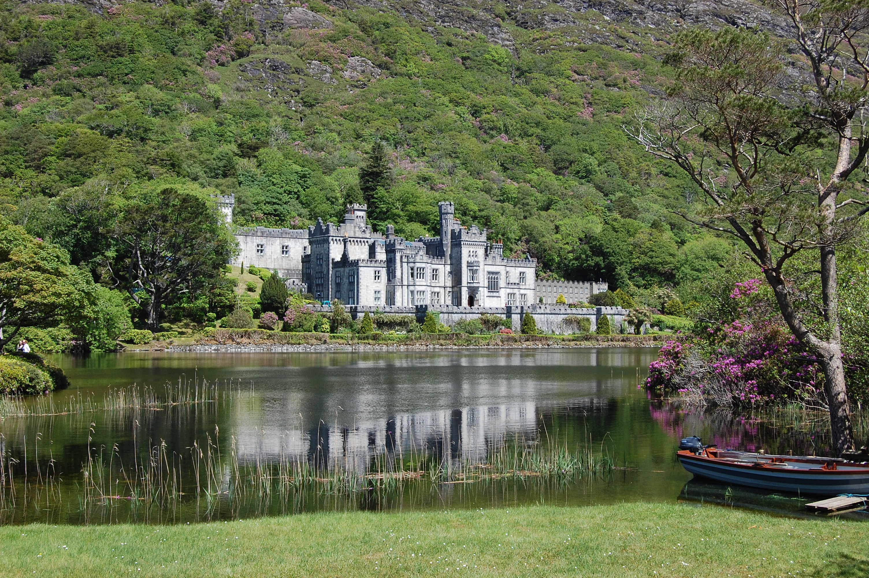 Kylemore_abbey_01